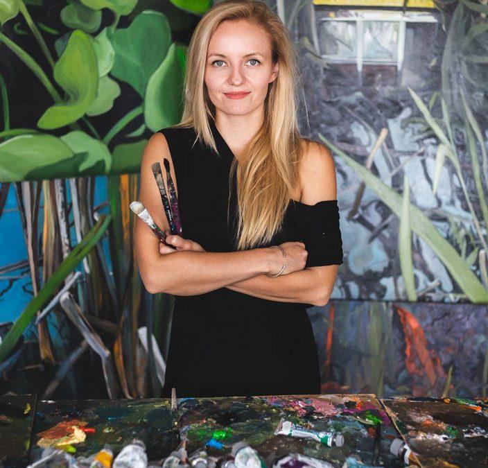 """Wernisaż wystawy """"Cykliczność natury i rzeczy"""" Katarzyny Bąkowskiej-Roszkowskiej w Galerii Delfiny"""